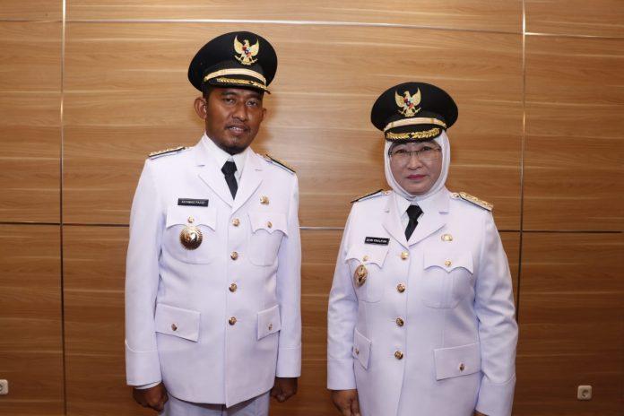 Achmad Fauzi, SH, MH dan Hj Dewi Khalifah